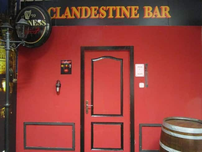 escape room: Bar clandestino